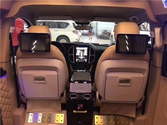 19款进口车墨规版奔驰商务车V250报价解析